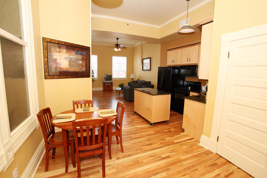 Merveilleux ... One Bedroom Apartment In Columbia Mo. Columbian Apartments Joplin MO